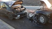 Czołowe zderzenie samochodów osobowych. Dwójka dzieci w szpitalu