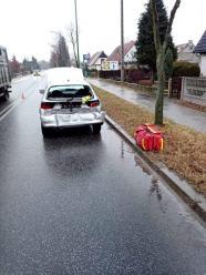 Zderzenie Alfa Romeo i Seata. 2 osoby poszkodowane