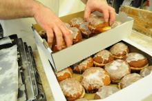 Dziś kalorie się nie liczą! Pączki w tłusty czwartek można jeść bez wyrzutów sumienia