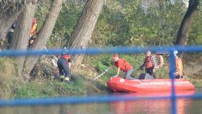 Zwłoki wyłowione z Odry. Brzescy strażacy wyciągali ciało ponad godzinę