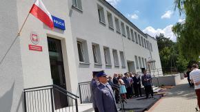 Zastępca Komendanta Głównego Policji nadinsp. Jan Lach na uroczystości otwarcia nowego posterunku