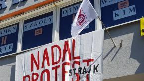 Rozpoczął się 16 dzień strajku nauczycieli. 7 przedszkoli zrezygnowało