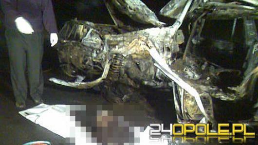 Dwóch 19-latków spłonęło w samochodzie