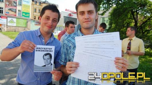 Ponad 100 osób poparło fikcyjnego polityka