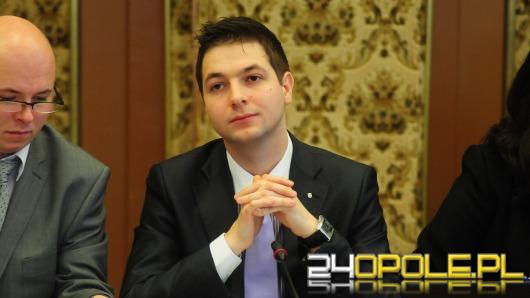 Radni PiS chcą pomóc prezydentowi Opola