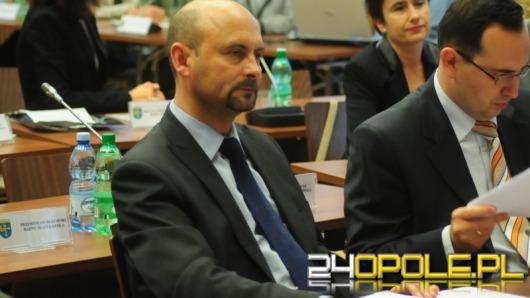 Nowi radni Opola zaprzysiężeni. Niespodzianka w klubie PiS