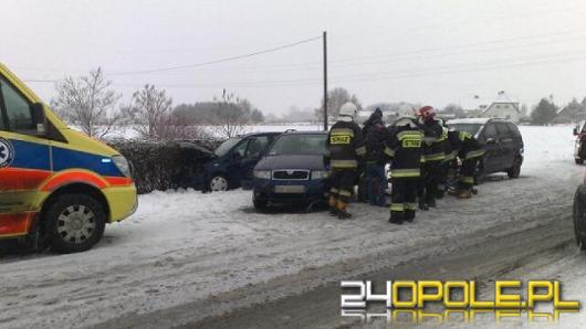 Dwie osoby ranne po zderzeniu w Chmielowicach