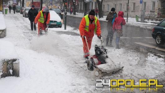 Kto odśnieża chodniki w Opolu?