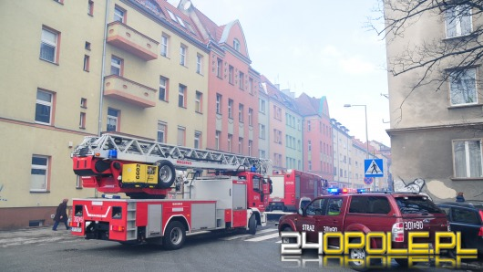 Dym na ulicy Kasprowicza. Paliła się sadza w kominie