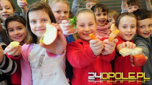 Radna SLD: Chcemy mniej niezdrowego jedzenia w szkołach