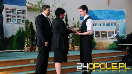 Tegoroczni maturzyści kończą rok szkolny