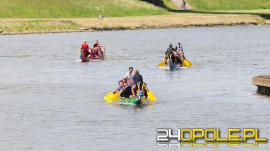 Wyścig smoczych łodzi - drużyna UO znowu górą