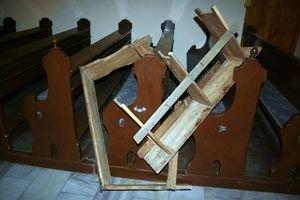 Zatrzymano sprawców dewastacji kościoła w Białej