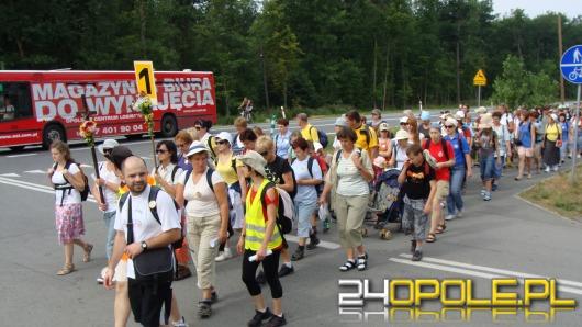 Pielgrzymi z Opola w drodze na Jasną Górę