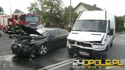 Kierowca busa wymusił pierwszeństwo na skrzyżowaniu