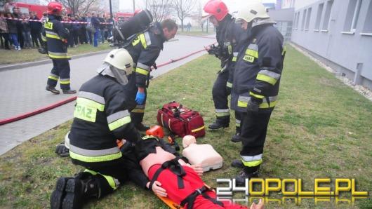 Akcja ratownicza po wybuchu gazu w akademiku