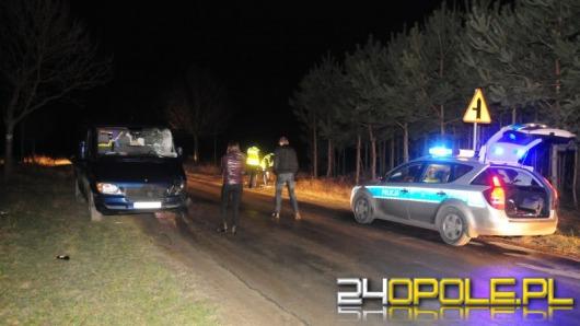 Rowerzysta wjechał wprost pod samochód, zginął na miejscu