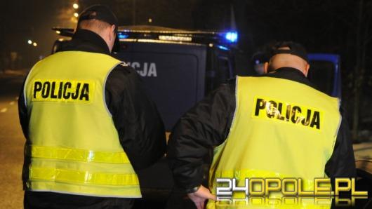 Dwóch zamaskowanych mężczyzn napadło na sklep w Kosorowicach