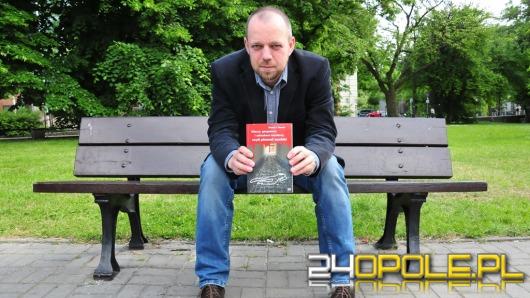 Kilerzy, gangsterzy i zakochani mordercy w książce opolskiego dziennikarza