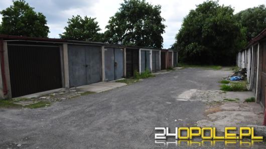 Garaże przy kamionce Piast zostają