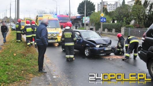 72-latek zasłabł za kierownicą i spowodował wypadek