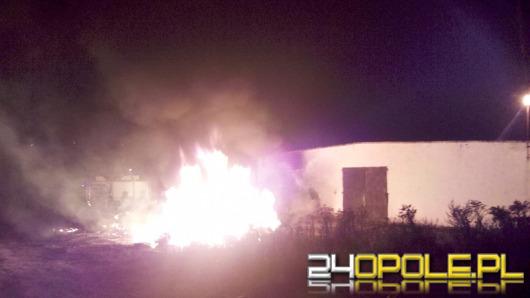 Nocne pożary w Burgrabicach. Robota podpalacza?
