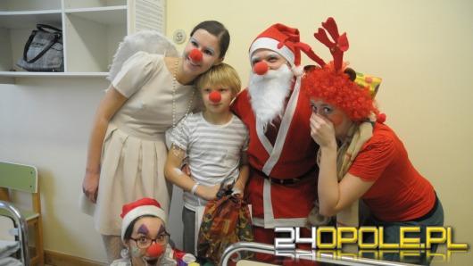 Święty Mikołaj odwiedził chore dzieci w Opolu