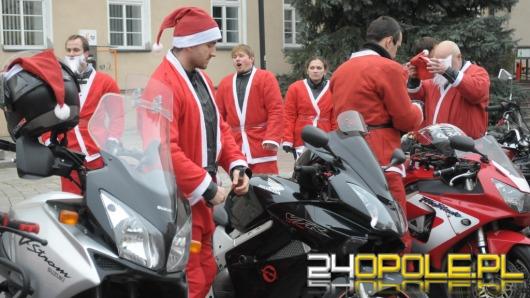 Pomocnicy Mikołaja na motorach odwiedzili Opole