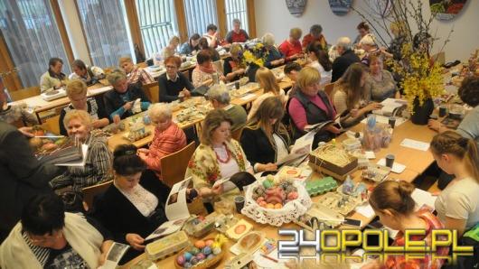 W bierkowickim skansenie trwa konkurs kroszonkarski