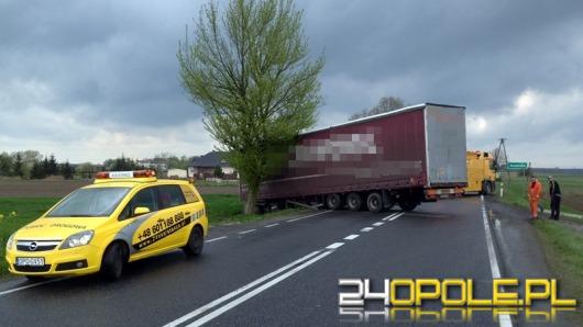 Ciężarówka zablokowała ruch na drodze krajowej nr 94