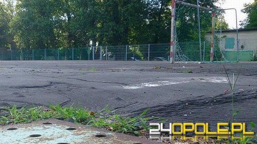 Koniec z asfaltowymi boiskami? Ratusz szykuje serię inwestycji.