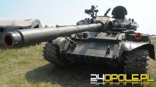 Miłośnicy pojazdów militarnych zjechali do Winowa