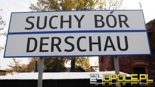 Dwujęzyczne tablice wrócą na perony gminy Chrząstowice