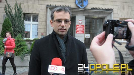 Radny RdO: Łukasz Sowada powinien honorowo nie przyjąć mandatu