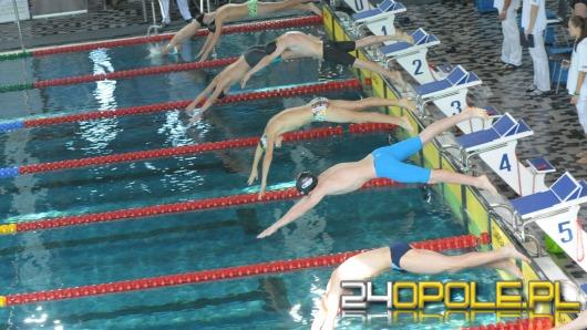 Weź udział w rodzinnych zawodach pływackich