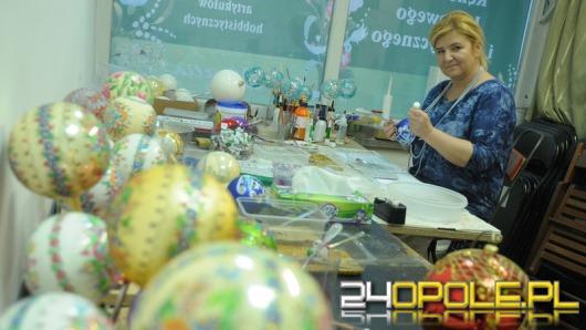 Bombki z Opola idą w świat. W tym roku ponad 10 tysięcy!