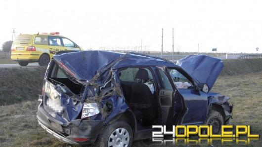 Kierowca skody zasłabł za kierownicą i dachował