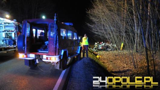 Tragiczny wypadek na trasie Opole - Kluczbork. 4 osoby nie żyją.