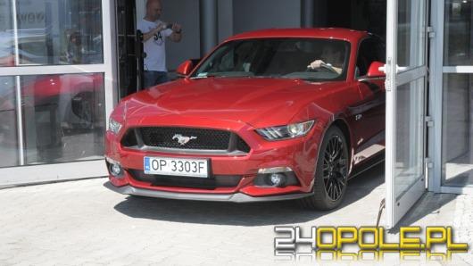 Pierwszy Mustang w Polsce wyjechał z opolskiego salonu Forda