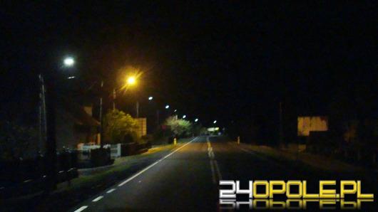 W gminie Turawa trwa wymiana latarni. Mieszkańcom się to nie podoba.