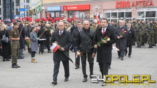 """11 listopada w Opolu. """"Pamiętajmy, że wolną Polskę wykuwaliśmy latami""""."""