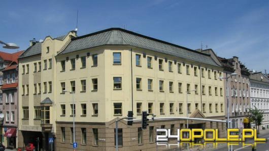 Wójtowie, burmistrzowie i radni powiatu przeciwni powiększaniu Opola