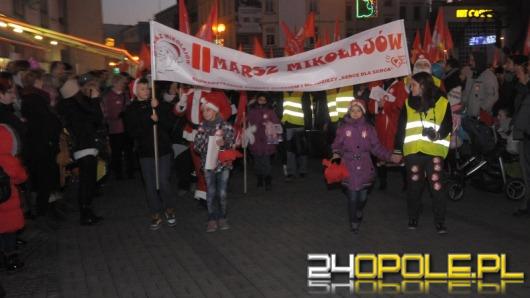 Ulicami Opola przeszedł II Marsz Mikołajów