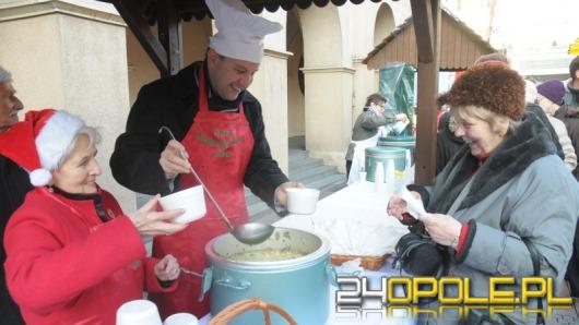 Prezydent Opola częstował Opolan zupą grzybową