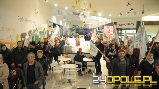 Mieszkańcy gminy Turawa w ramach protestu poszli na wspólne zakupy