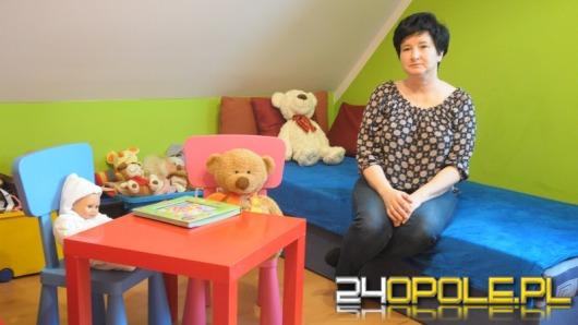 Pani Beata jest tymczasową mamą dla szesnaściorga dzieci