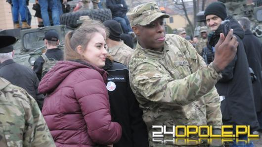 """""""2. Rajd Rycerzy"""" amerykańskiej armii przyciągnął tłumy opolan"""