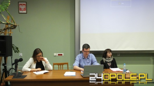 W Collegium Civitas debatowano o wyborach Miss UO