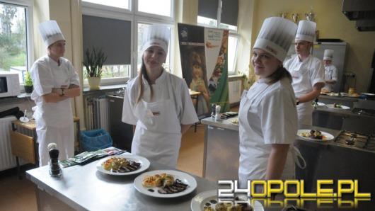 """Uczniowie z Opolszczyzny rywalizowali w konkursie """"Regionalne smaki"""""""