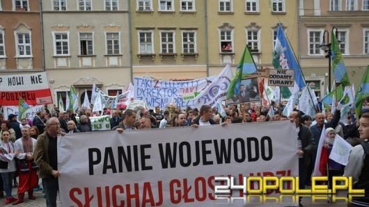 Prawie 2 tysiące osób protestowało przeciw powiększeniu Opola